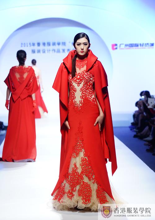 银奖作品1:26号设计者设计者岳鑫、廖飞的作品《红动中国》